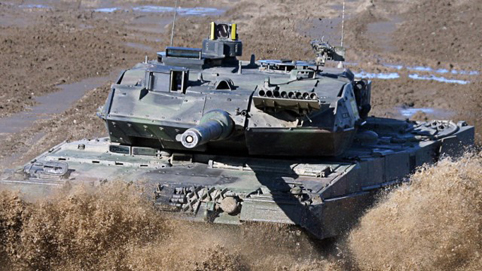 kampfpanzer-leopard-indonesien-panzer-waffen-export-waffendeal-bundesregierung-jakarta-minderheite